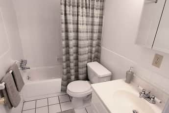 Bathroom, Tower In The Park, 2