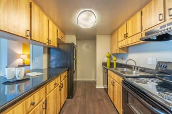 Kitchen, Laurel Oaks Apartments, 0