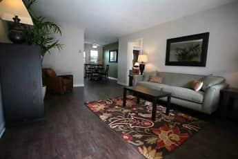 Living Room, The Met, 0