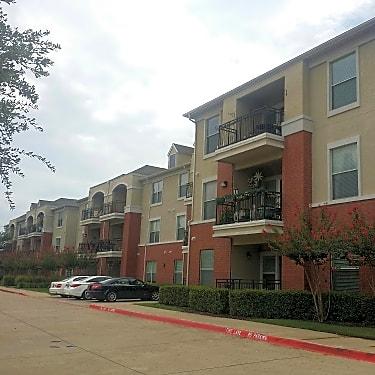 Atria At Hometown Apartments