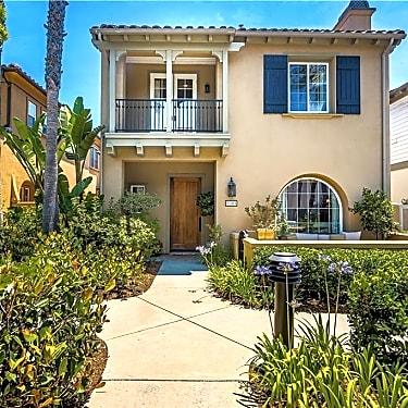 21263 Elda Cir 21263 Elda Cir Huntington Beach Ca Houses For Rent Rent Com