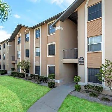 Regency Palms Apartments 8332 Alnwick Circle Port Richey Fl
