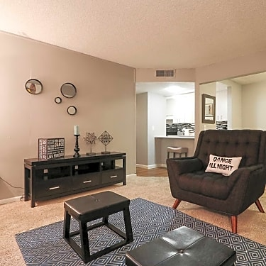 Skyline Parc - 3665/3675 Cambridge | Las Vegas, NV Apartments for