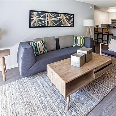 Aspen Apartments - 160 South Virgil | Los Angeles, CA Apartments for