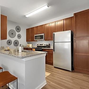 Abberly Avera 11601 Hokie Stone Loop Manassas Va Apartments For Rent Rent Com