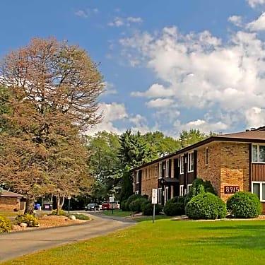 Cedar Manor - 8901 Old Cedar Avenue S | Bloomington, MN ...