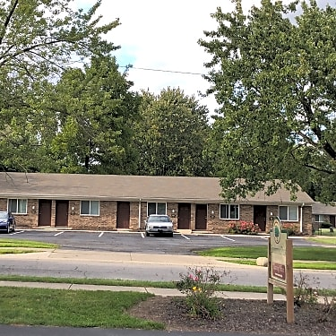 Brendonwood Apartments 1004 Fayette Dr Fort Wayne In Apartments