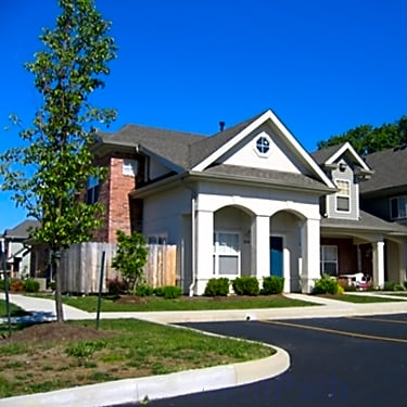 Park Trails - 5555 Tinley Park | Columbus, OH Apartments for