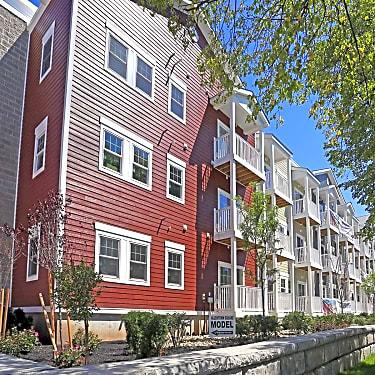 Strange Allentown Square Apartments 295 Maryland St Buffalo Ny Interior Design Ideas Tzicisoteloinfo