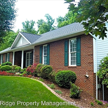 2557 Rivermont Cir 2557 Rivermont Cir Kingsport Tn Houses For