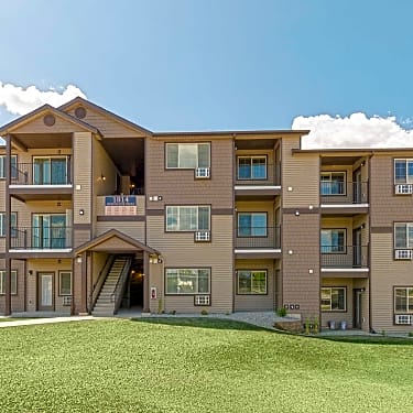Fieldstone Apartments - 1558 E  Sweetwater Circle | Post