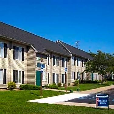 Carson Place 420 E Grove Street Carson City Mi Apartments For