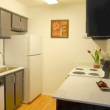 Grandview Pointe 1989 Americana Blvd Orlando Fl Apartments For Rent Rent Com