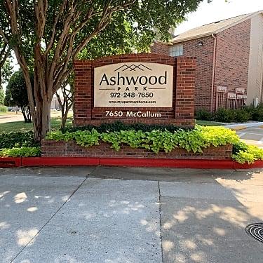 Ashwood Park Apartment 7220 Mccallum Blvd Dallas Tx Apartments For Rent Rent Com