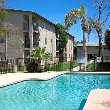Desert Sands 9502 North 15th Avenue Phoenix Az Apartments For
