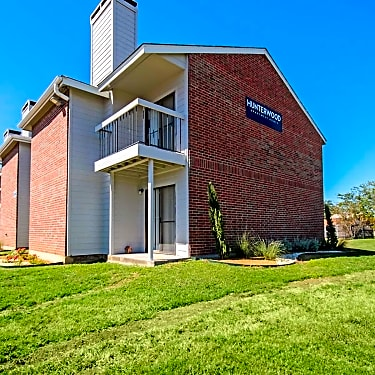 Hunterwood Apartments 225 Londonderry Dr Waco Tx Apartments For