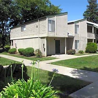 Alvarado Sunset 606 Alvarado Ave Davis Ca Apartments For Rent Rent Com