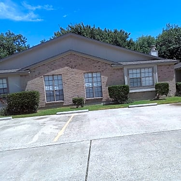 Roseland Manor Baytown,Texas <br><img src=