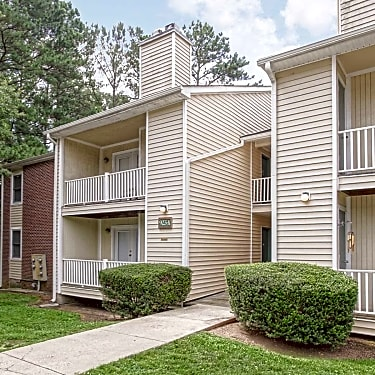 Bryan Woods 915 Bryan Place Garner Nc Apartments For Rent Rent Com