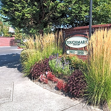 Touchmark At Fairway Village 2911 Se Village Loop Vancouver Wa Apartments For Rent Rent Com