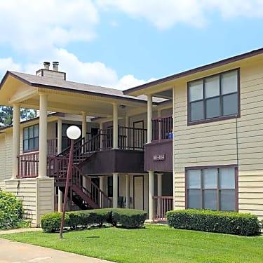 Beacon Point Apartments - 2301 Arkansas Boulevard