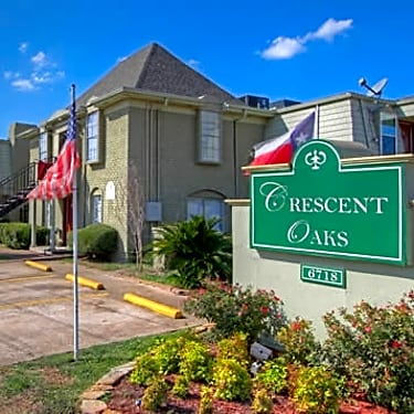 Ashford Crescent Oaks 6718 De Moss Houston Tx Apartments For