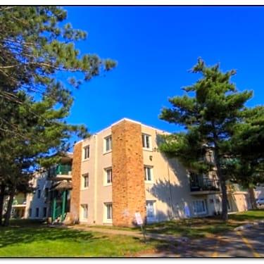 Lincoln Estates - 2710 9th Lane | Anoka, MN Apartments for