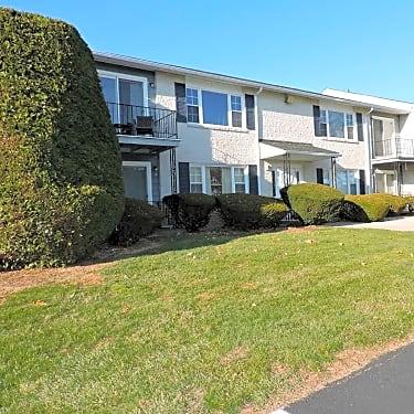 Devonshire Apartments - 40-80 South Elm Street | Kutztown, PA