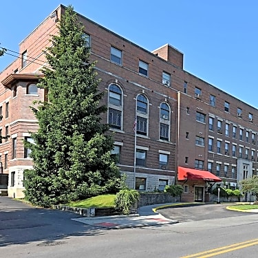West Bexley Apartments - 1551 Bryden Road | Columbus, OH