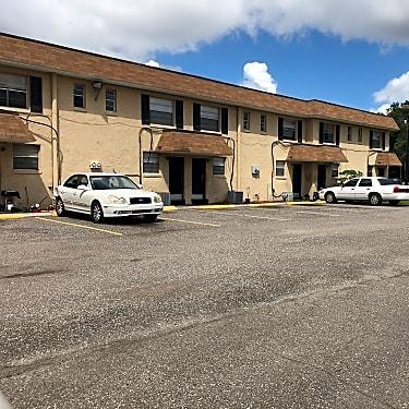 Southside Apartments 2301 Westmont St Jacksonville Fl