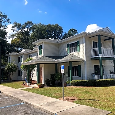 Manatee Springs Apts. - 500 W Park Ave | Chiefland, FL ...