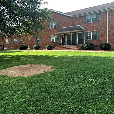 New Garden Place Apartments 1622 Mcpherson St Greensboro Nc