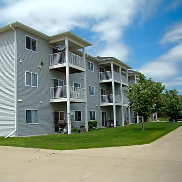 Brentwood Apartments 4310 10th Avenue S Fargo Nd Apartments For