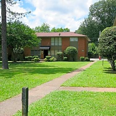 Summer Grove 595 West Cadraca Drive Apt 15 Memphis Tn