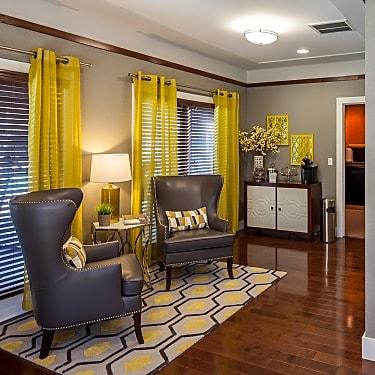 Monterra Springs 861 Glencliff St La Habra Ca Apartments For