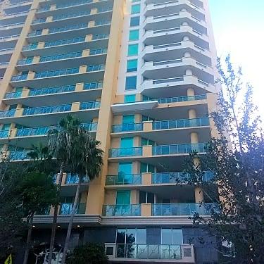 balcony las olas The Las Olas Grand Condominiums