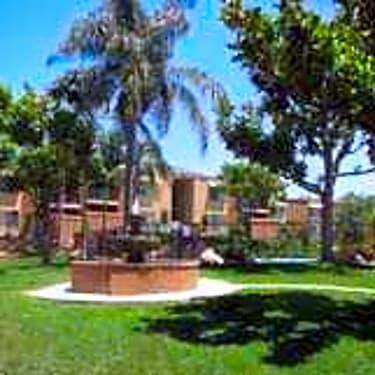 Las Terrazas 1440 Oak Drive Vista Ca Apartments For