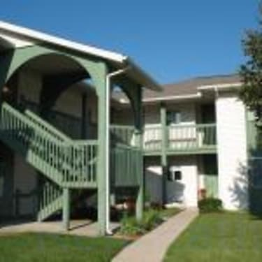 Country View Apartments