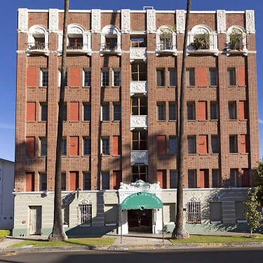 St Andrews Manor 516 S St Andrews Place Los Angeles Ca Apartments For Rent Rent Com
