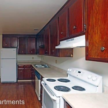 Del Coronado Apartments