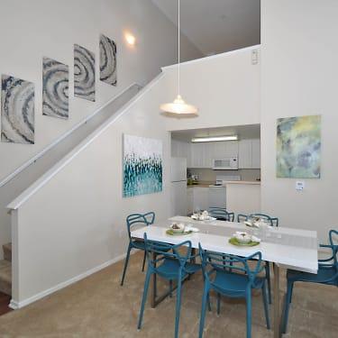 Costa Verde Village 8720 Costa Verde Blvd San Diego Ca Apartments For Rent Rent Com