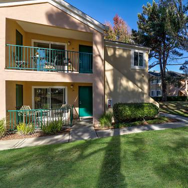Club Torrey Pines 12646 Torrey Bluff Dr San Diego Ca Apartments For Rent Rent Com