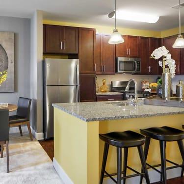 Creekstone Village Apartments 8115 Evening Star Dr Pasadena Md Apartments For Rent Rent Com