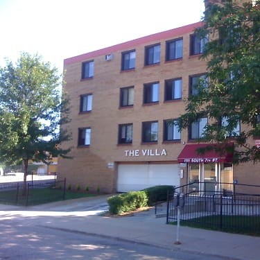 Villa Apartments