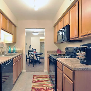 Abbey Court Apartments 5301 Stonehedge Drive Evansville In