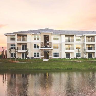 Renaissance - Senior Living of Vero - 2100 10th Ave | Vero Beach, FL  Apartments for Rent | Rent.com