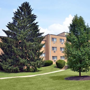 Park Lane East 250 Beverly Boulevard Upper Darby Pa Apartments