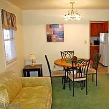 Vandenburg Heights 1054 N Pine Street Sun Prairie Wi Houses For