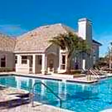 The Villas At Cross Creek 10401 Cross Creek Blvd Tampa Fl