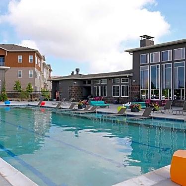 Luna Bella 695 S Lafayette Drive Lafayette Co Apartments For